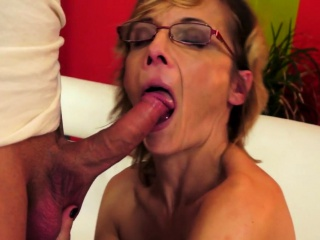 Spex gilf with faketits gets banged anally