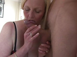 Amateur wife and mom cheats with young boy