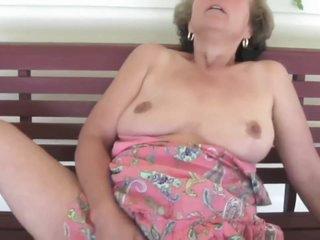 I made a sexy amateur masturbation video clip