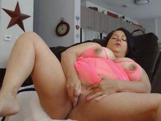 BBW MILF Super Creamy Squirting fat pussy