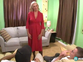 A threesome for the Mom - 60PlusMilfs