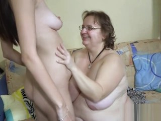 Granny Is Having Lesbian Action
