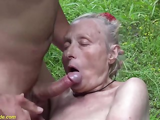 ugly 86 years old mom first public fuck