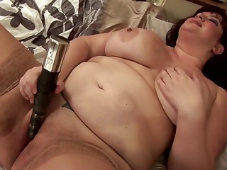 Big booty busty mature mother needs your cock