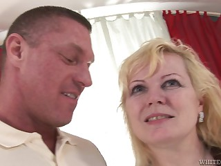 Blonde does professional blowjob to her sexy lover
