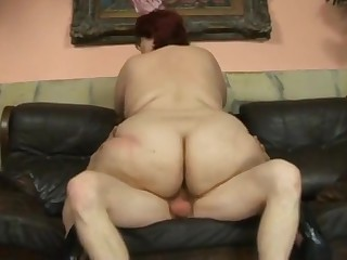 redhead bbw mom fucked by skinny guy
