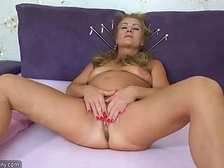 OldNannY Mature Granny Valdi Solo Toy Masturbation