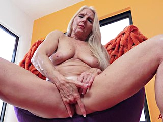 Chery Mother I´d Like To Fuck - Xozilla Porn Movies
